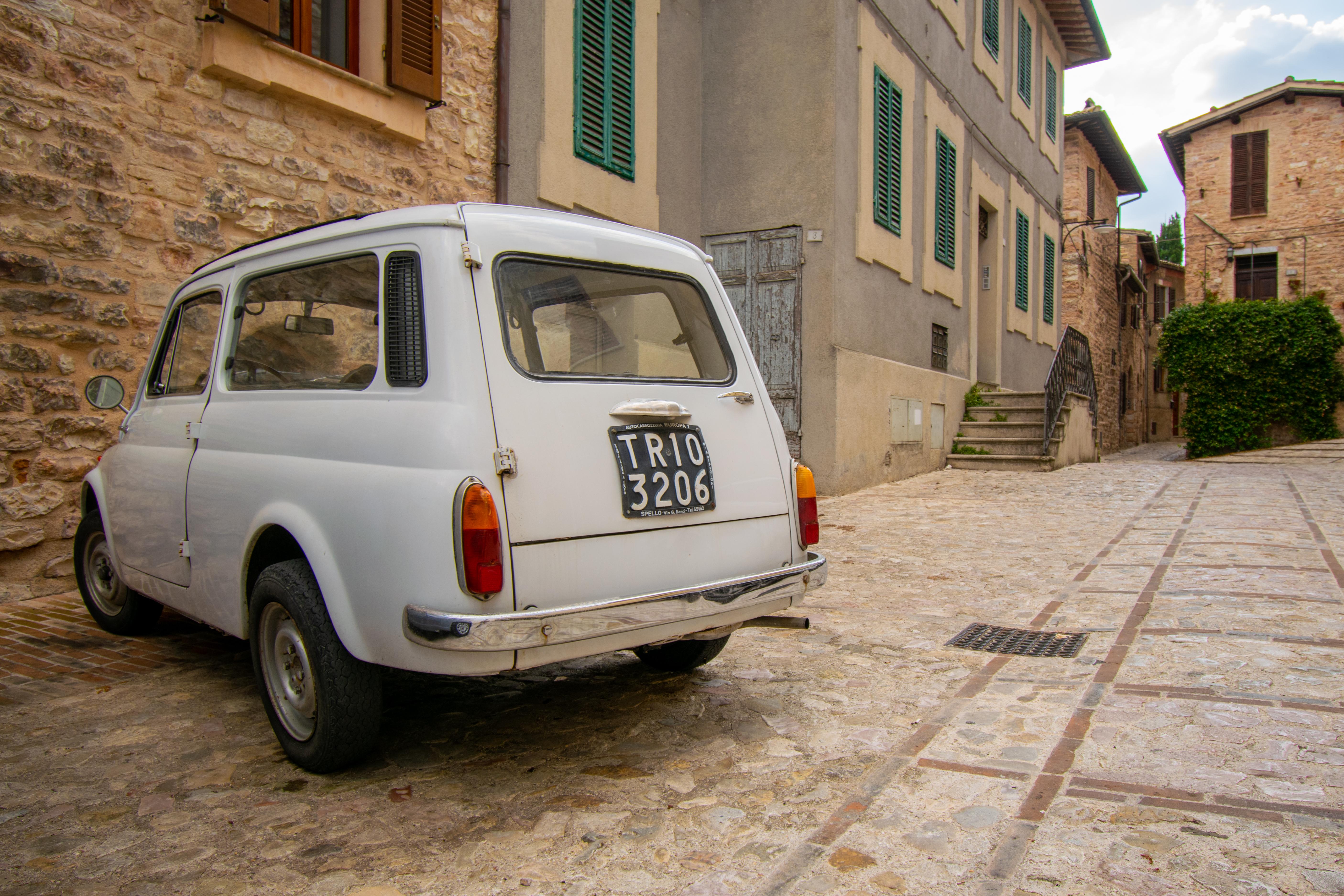spello umbria auto vintage